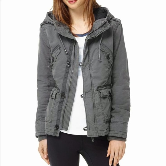 Aritzia Jackets & Blazers - Aritzia |  TNA Grey Platoon Jacket Medium